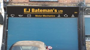 E.J Bateman's Motor Mechanics
