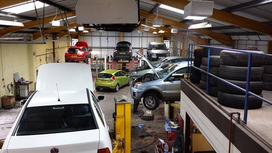 Bowen's Garage