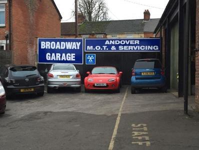 Broadway Garage