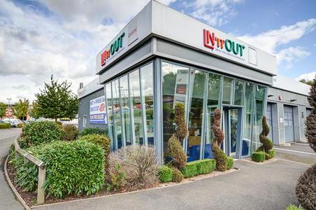 IN'n'OUT Autocentres Northampton - Towcester Road
