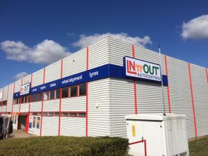 IN'n'OUT - Milton Keynes Clarendon Drive